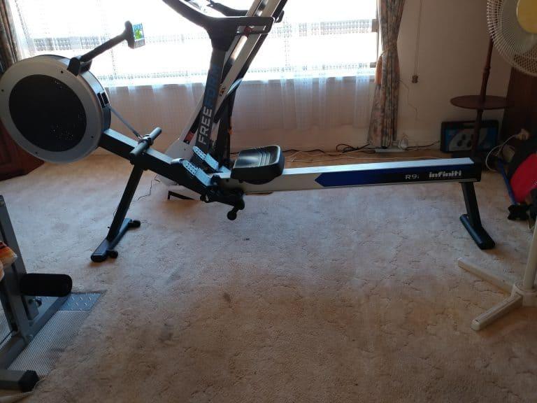 Infiniti R9i Rowing Machine